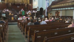 Montreal community gathers in solidarity of Orlando LGBTQ community
