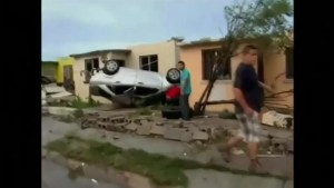 Deadly tornado  leaves path of destruction in northern Mexican city