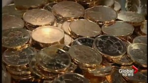 New prediction says loonie could sink to 59 cents U.S.