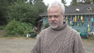B.C. man fights grizzly bear