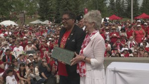 Thousands gather at Calgary's Confederation Park for time capsule reveal