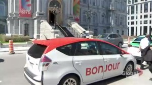 City unveils new standardized look for Montreal taxis
