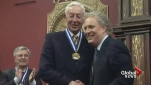 Jean Charest remembers Jean Béliveau