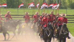 RCMP commissioner inspects the Musical Ride
