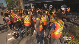 Quebec engineers on strike