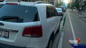Downtown Calgary business unimpressed with new parking rules
