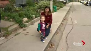 Quick-thinking mom saves toddler after he ingests Valium pill left at Toronto park