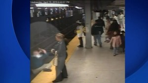 Man rescued by Good Samaritan after falling onto subway tracks