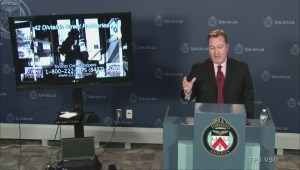 Toronto police warn of violent street robberies in Scarborough
