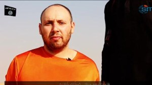 IS Militant reportedly beheads second captured journalist in new video