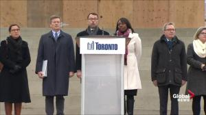 Toronto sings France's national anthem during vigil for victims of Paris terror attacks