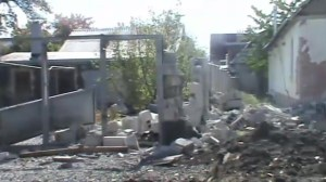 Raw video: Aftermath of artillery bombardment in Donetsk