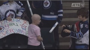 Cancer patient makes another heartwarming appearance at Jets game