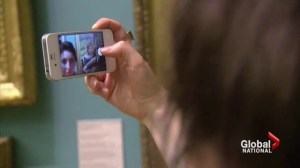British art galleries welcome selfies