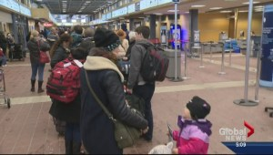 Kelowna flights delayed and cancelled