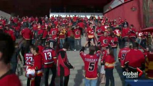 Red Mile celebrates after Flames lead series 3-1
