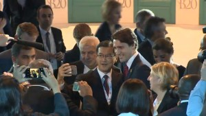 Trudeau ambushed at G20 with selfie requests