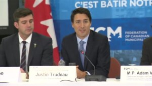 Justin Trudeau keeps promise to meet with cities from coast-to-coast