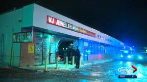 Edmonton police investigate attempted smash-and-grab robbery