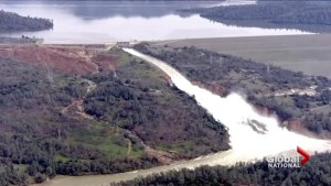 Anxious hours for thousands of California residents fleeing failing Oroville dam