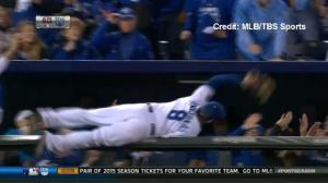 Kansas City Royals' Mike Moustakas makes unbelievable catch during ALCS