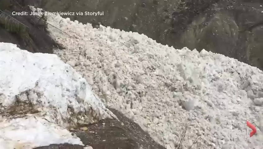 Wall of snow thunders down Rocky Mountains