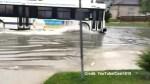 Amateur videos of summer storm batters houses in Winnipeg