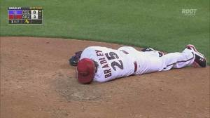 Diamondbacks pitcher hit in face by line drive