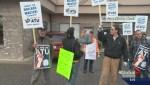 Kelowna Regional Transit strikers demand politicians get involved