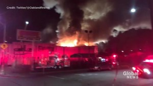Fire breaks out at Oakland warehouse party