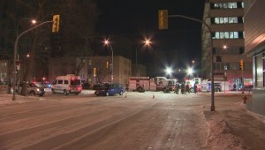 Morning crash closes busy downtown Winnipeg intersection