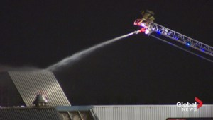 Crews battle fire in abandoned Richmond Hill warehouse overnight