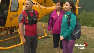Family rescued from North Shore mountains