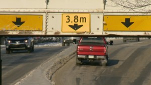 City of Regina looking into ways to prevent stuck semis on Winnipeg Street
