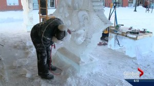 World renowned ice sculptor in Saskatoon for Wintershines