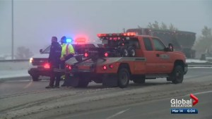 Tow truck drivers in Saskatchewan calling for changes to help safety