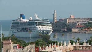 1st U.S. cruise ship in nearly 40 years docks in Cuba