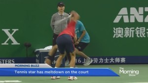 Tennis star goes FULL 'INCREDIBLE Hulk' on the court