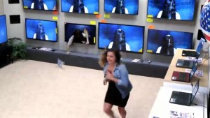 'Rings' movie prank scares the pants off shoppers