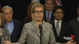 Wynne attacks Harper, says Hudak won't stand up to PM