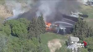 Crews battle fire in southeast Edmonton
