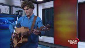 Vance Joy talks new single, touring with Taylor Swift