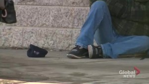 Saskatoon narrowly passes changes to the city's panhandling bylaw