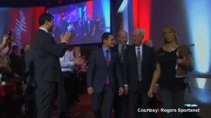 Gordie Howe welcomed at Kinsmen Sports gala