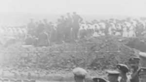 Hundreds remember Battle of Vimy Ridge in Victoria