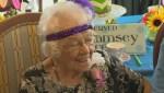 Start saving for retirement early, Canadians are living longer