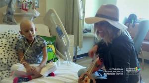 Rachel Platten sings 'Fight Song' with 7-year-old cancer patient