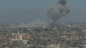 Raw video: Israeli airstrike slams into Gaza Strip target