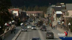 Banff booming thanks to weather and dollar