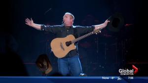 Garth Brooks coming to Edmonton in 2017
